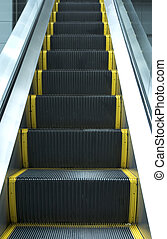 escalator - way up