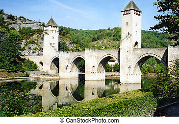 pont valentre Cahors - the bridge spanning the river Lot at...