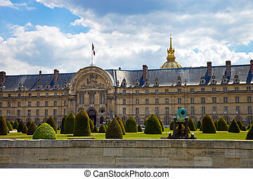 The Ecole Militaire in Paris, France - The Ecole Militaire...