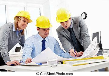 tre, Arkitekter