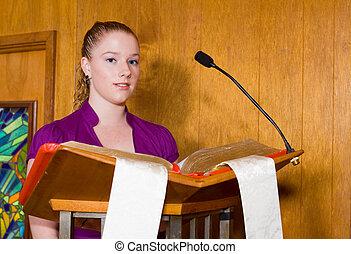 joven, caucásico, mujer, lectura, biblia, iglesia,...