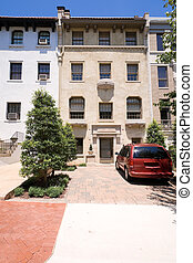 Tidy Italianate Style Row Home, Washington DC US