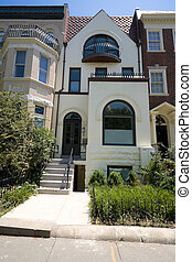 Painted Richardsonian Romanesque Row House DC USA -...