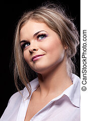 Beauty fashion portrait of young woman