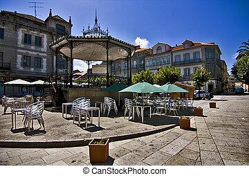 tui, pontevedra, galicia, espa?a, detalles de la ciudad