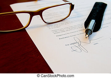 Firmare, contratto