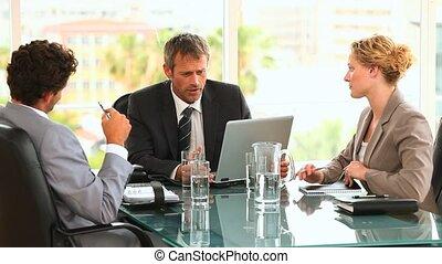 tre, affär, folk, under, möta