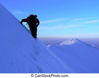 Walking on the ridge - Ice climbing in Piatra Craiului...