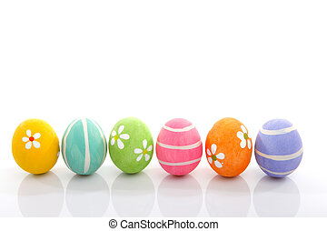 painted easter eggs - Pretty colourful painted eggs...