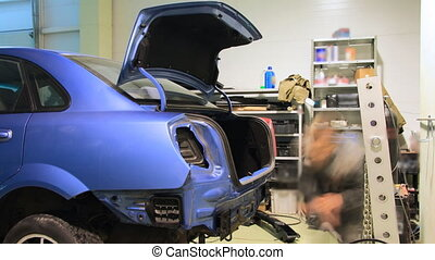 Car repair shop timelapse