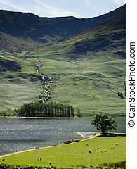 Buttermere - A view across Buttermere in the English Lake...