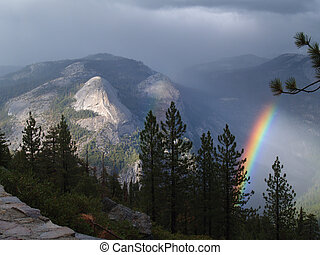 Rainbow in Yosemite - A rainbow in the fog in Yosemite...