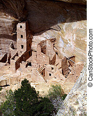 Square Tower Houseu2014Mesa Verde - Ruins of Square Tower...