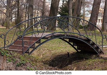 The small wooden bridge