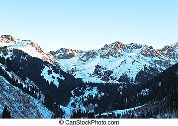 Winter mountains - Sunrise in the mountains in winter on a...