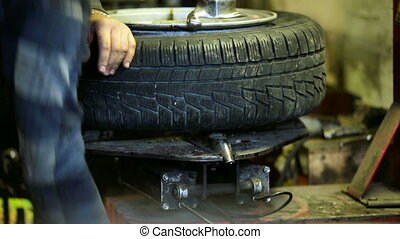 Maintenance wheels - At the station of the service being...