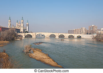 River Ebro - Stone Bridge Over The River Ebro In Zaragoza,...
