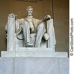 Historic Lincoln Memorial Statue