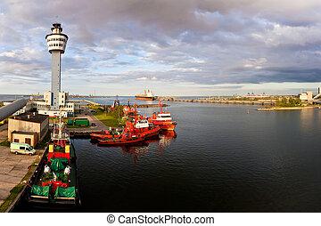 Port of Gdansk - Vessel Traffic Services VTS Gulf of Gdansk,...