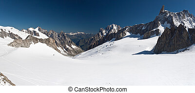 Dent du Geant and mer de glace - Mont Blanc