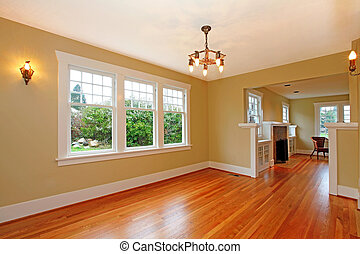 Empty living room in old cute house - Elegant cute empty...