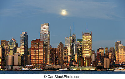 new york city skyline over hudson river