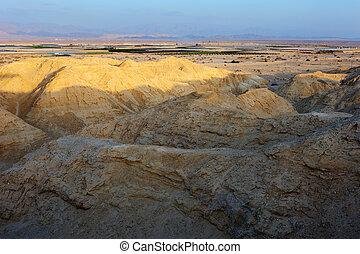 Arava desert in the first rays of the sun - Arava desert...