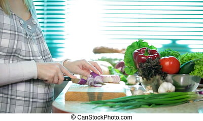 Chopped Red Onion - Food Preparation - cutting a Red Onion