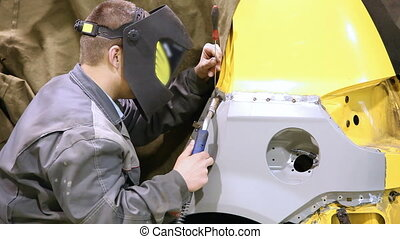 Welding of a car