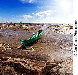 Ebb. The White Sea, Korelia, Northern Russia.