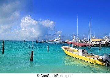 Isla Mujeres Mexico boats turquoise Caribbean sea