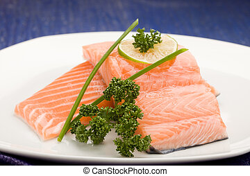 Salmon fillet with lime