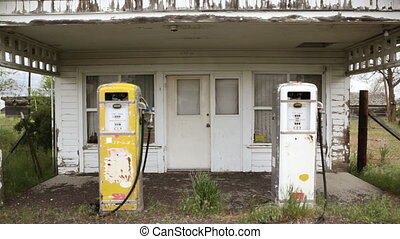 Old Gas Pumps - Old fashioned gas pumps