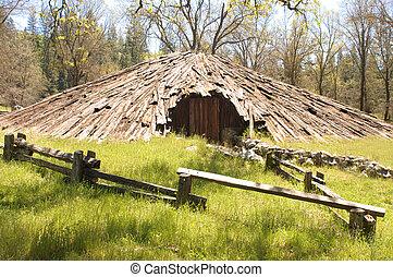 Miwok Indian house - Miwok Indian meeting house