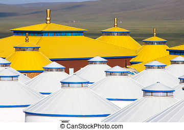 Inner Mongolia Yurt - Yellow and white yurt at Inner...