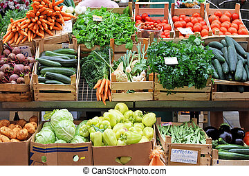 Vegetables market - Fresh and organic vegetables at farmers...