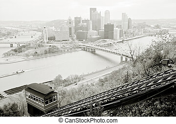 Pittsburgh panorama - View from mt. Washington on downtown...