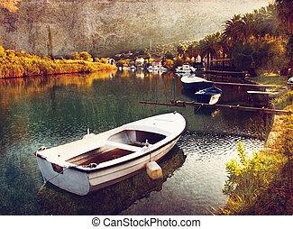 Silent the lagoon