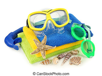 Swimming goggles and diving mask