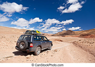 Offroad car in the desert - 4WD in the desert of Dades...