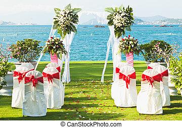 Tropical wedding - Gate for a wedding on a tropical beach
