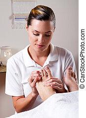 foot masseuse
