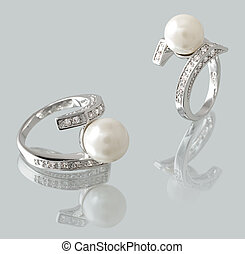 Ring with pearl - Silver ring with pearl and diamonds