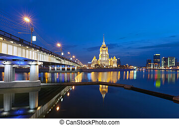 Night Moscow. Moscow River. Hotel Ukraine. - Night Moscow....
