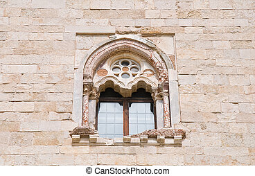 Absidal window