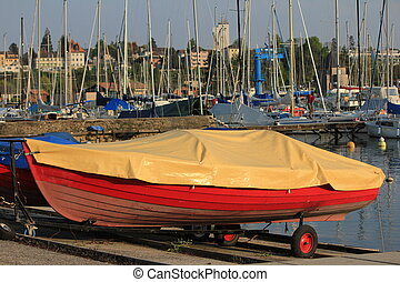 boat red
