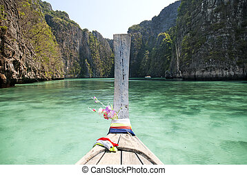 ko phi phi island in thailand - ko phi phi island in south...