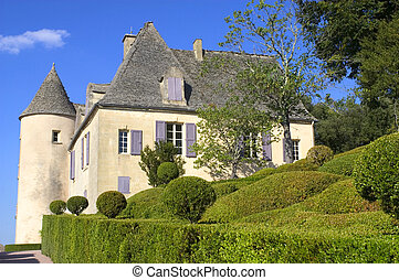 Castle and gardens of Marqueyssac - Arranged over a rocky...