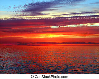 Lake Superior Sunset - Beautiful colors reflect off Lake...