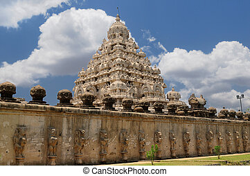 Varadaraja Perumal Temple - an ancient hindu temple in...